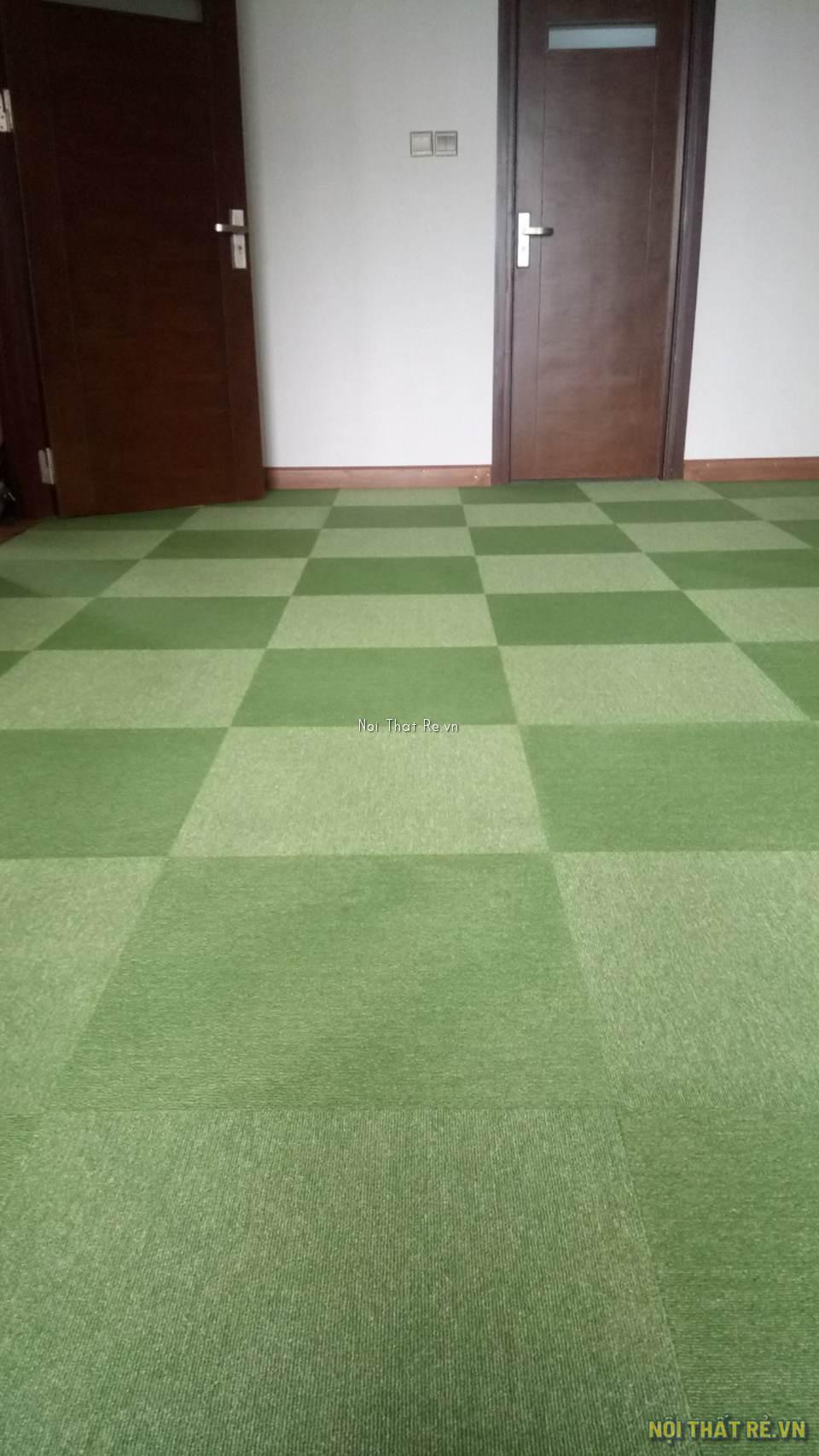 thảm trải sàn màu xanh lá cây cho văn phòng
