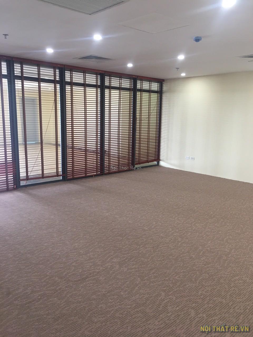 thảm trải sàn dubai màu vàng nâu sử dụng cho văn phòng