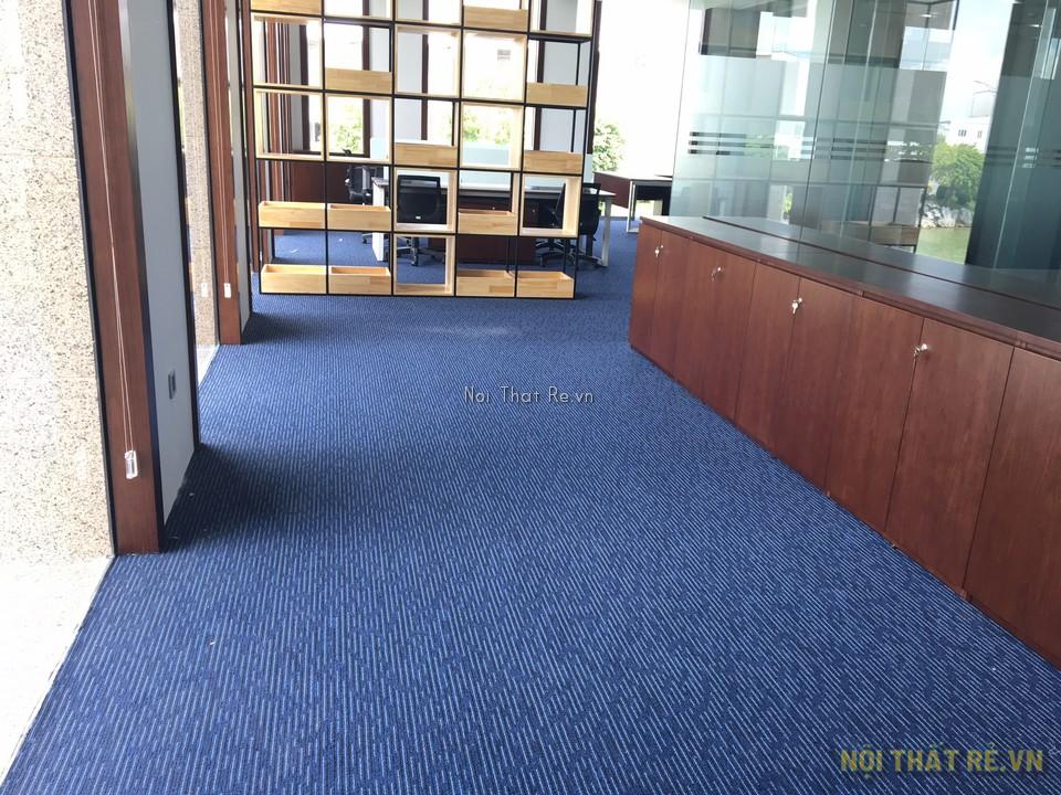 văn phòng công ty bất động sản sử dụng thảm trải sàn crest nhập khẩu Dubai
