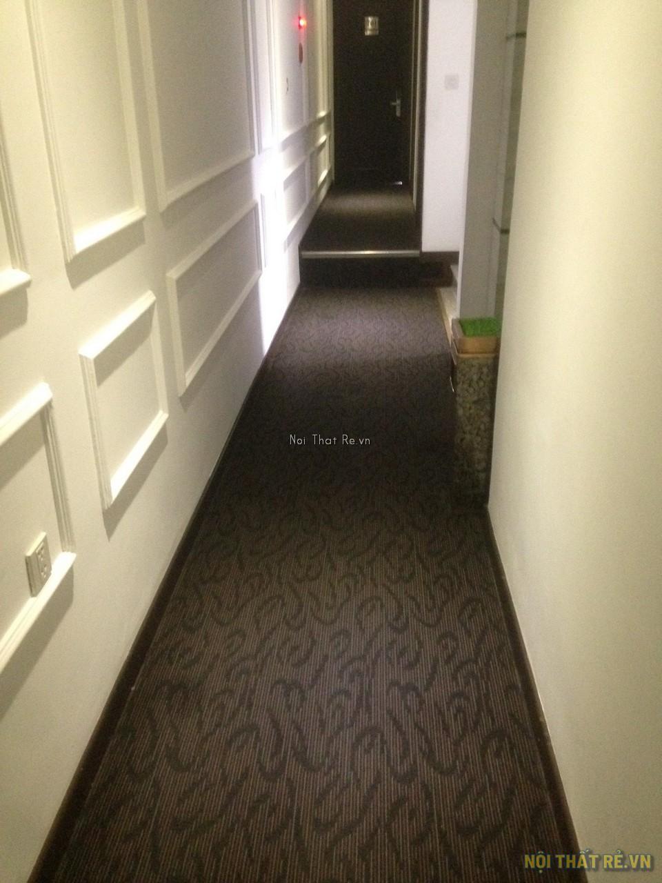 thảm trải sàn crest sử dụng làm hành lang khách sạn