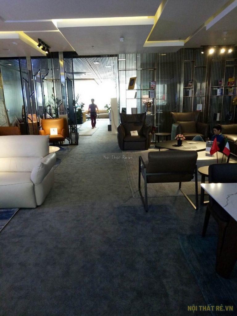 trải thảm dày 10mm cho showroom bán đồ nội thất ở hà nội